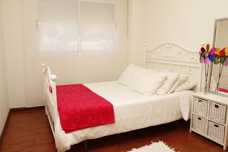 decorar habitación de matrimonio pequeña