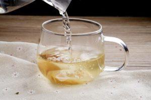 tomar té blanco